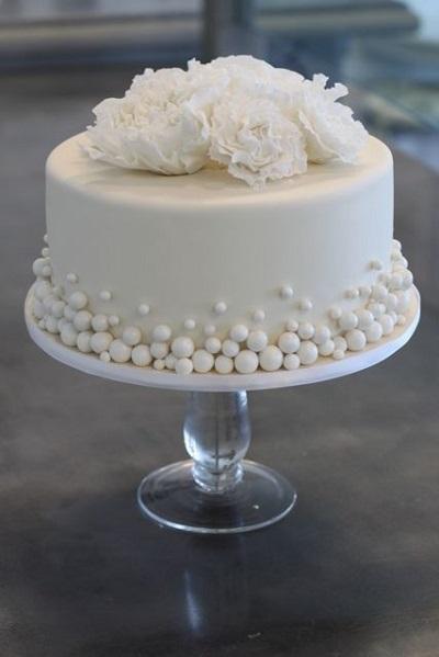 Торт з перлинами