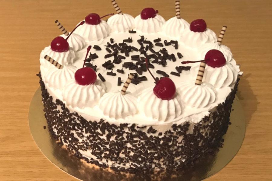 Оформлення торту (декор) простий - класичний | Торт з вишнями 2