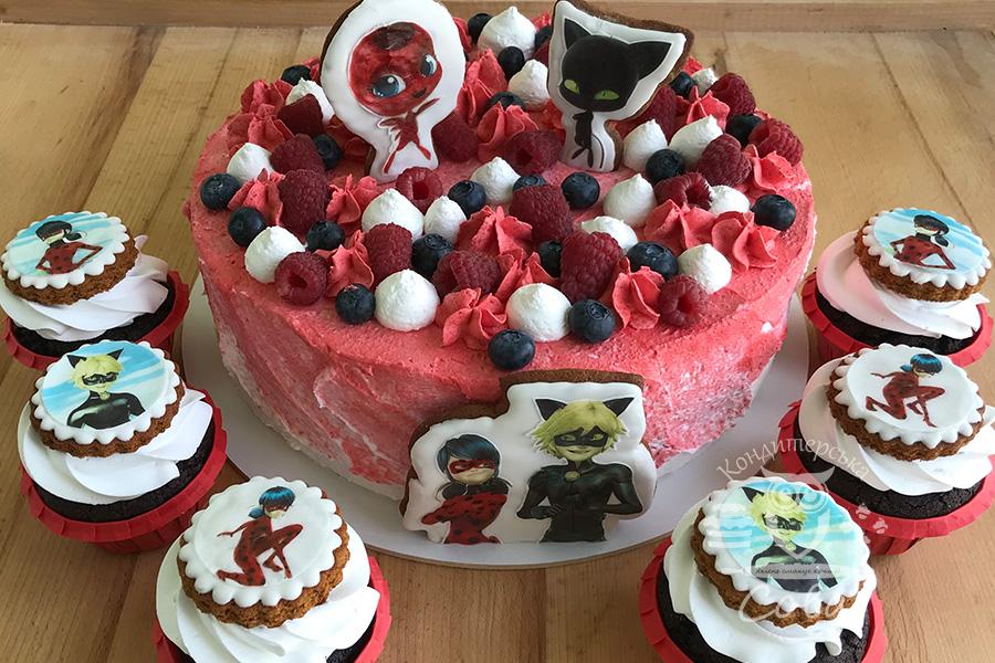 """Торт """"Супер-герої"""" на замовлення"""