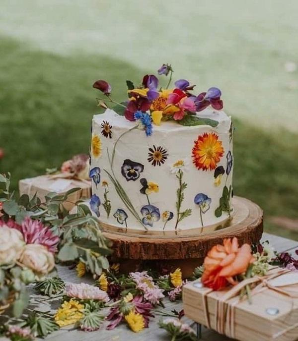 Їстівні квіти | Тренди дизайну тортів 2018-2019 | Блог | Торт на замовлення