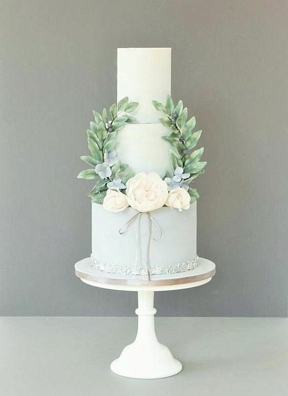 Білий торт на весілля | Замовити весільний торт у Львові