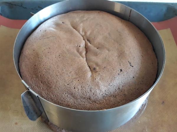 Шоколадний бісквіт рецепт | Торт на замовлення у Львові