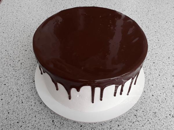 Робимо шоколадні потьоки для торта Шварцвальд   Рецепт
