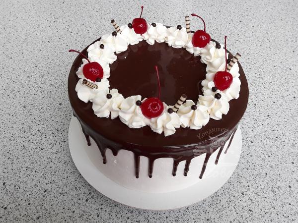Декоруємо вишнями торт Шварцвальд   Рецепт