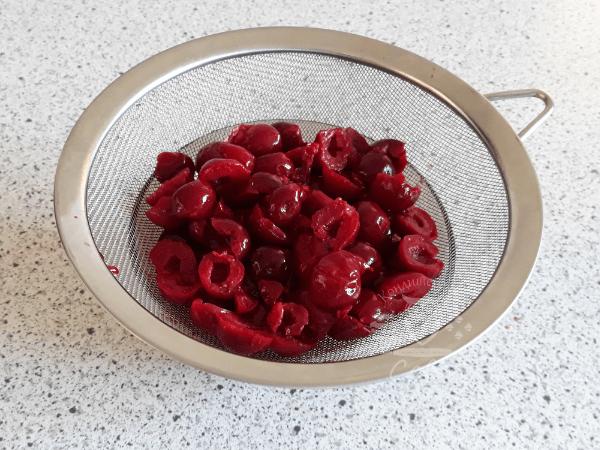 Торт П'яна вишня - рецепт начинки | Торт на замовлення у Львові